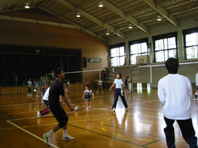 20070611-070610-2 vallyball 001.jpg